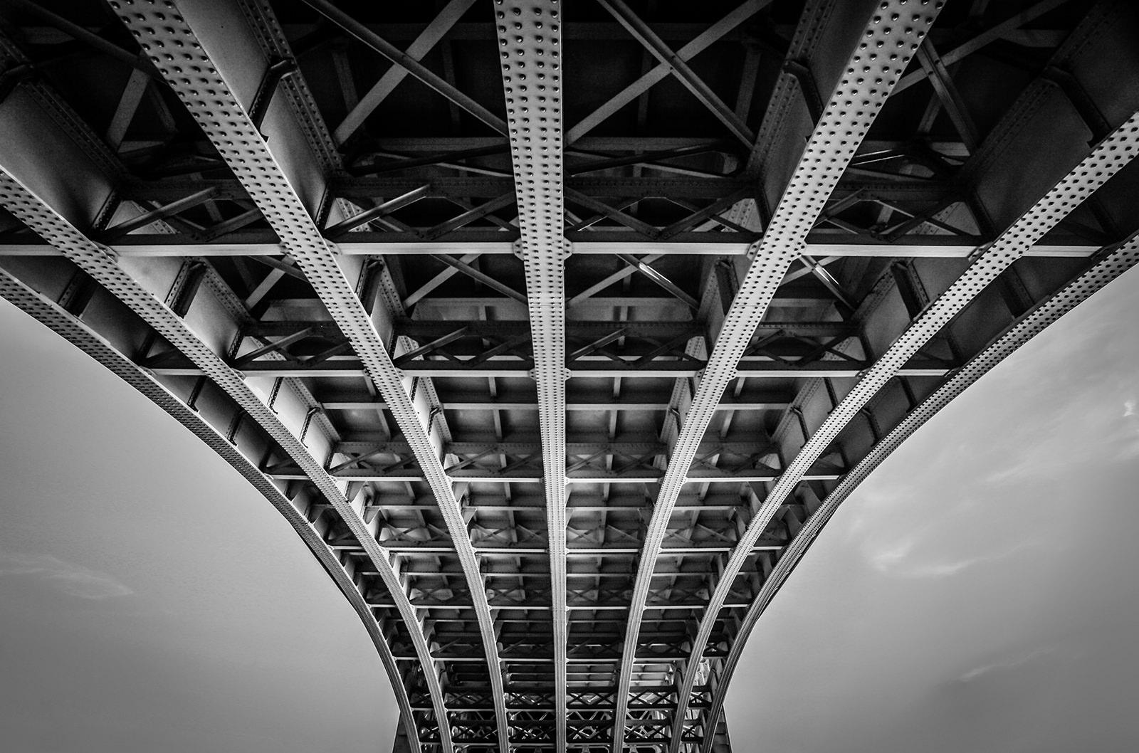 Steel construction of the Blackfrairs bridge in London